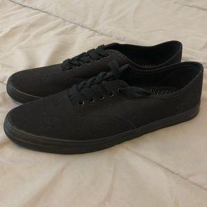 NWOT- Black Shoes